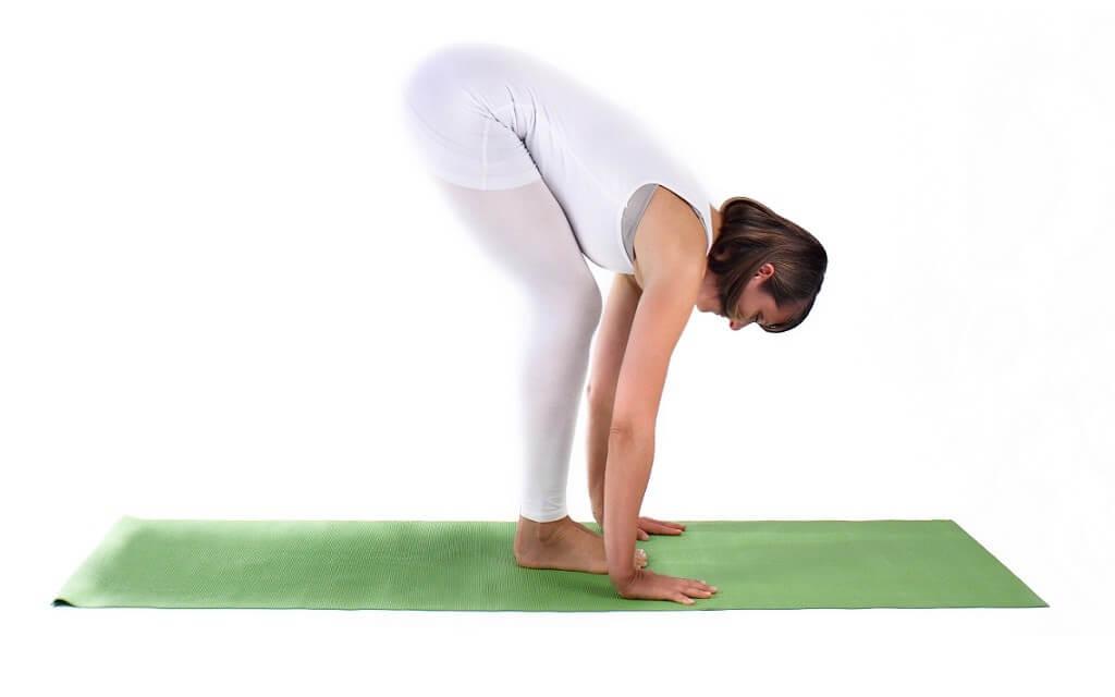 Yogaübung: Die Vorbeuge