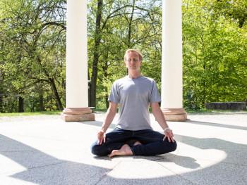 Themen, wie Meditation, werden intensiv behandelt
