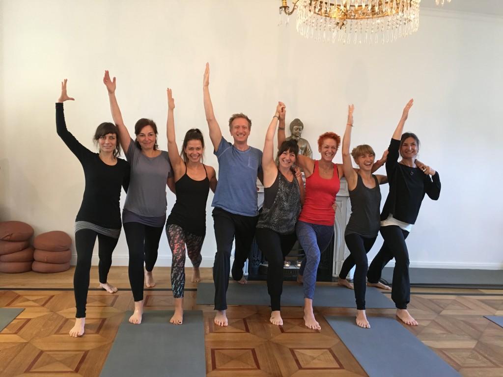 Die 300h-Yogalehrer-Ausbildungsgruppe in Hamburg
