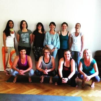 Gruppenfoto der Yogalehrer Ausbildung 50plus in Wiesbaden 2016